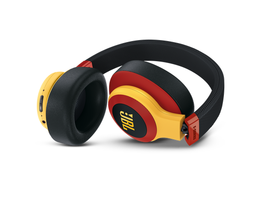 JBL E65BTNC - Black / Red - Wireless over-ear noise-cancelling headphones - Detailshot 2