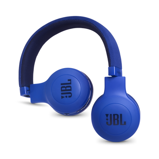 JBL E45BT - Blue - Wireless on-ear headphones - Detailshot 1